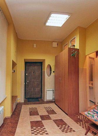 Продаж квартири Дорошенка 1 кімната