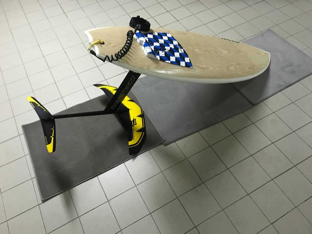 Naish Surf Foil + Prancha