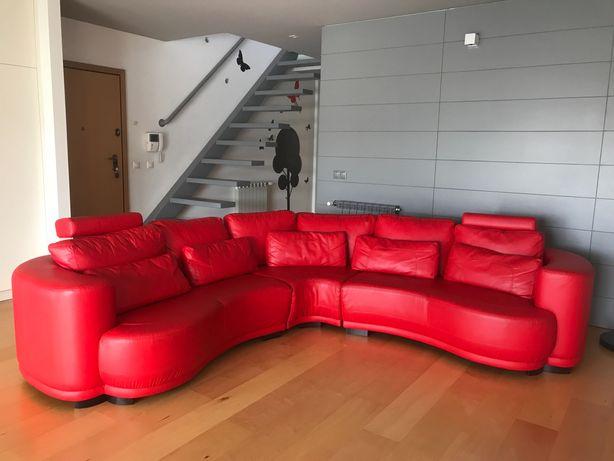 Sofá  ótimo estado vermelho de canto circular 6 lugares