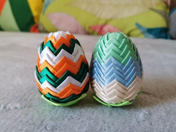 Ręcznie robione ozdobne jajka wielkanocne
