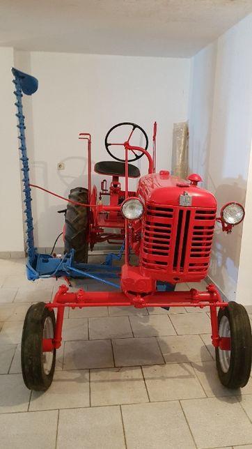 Trator Farmall Cub - Modelo FF - McCormick