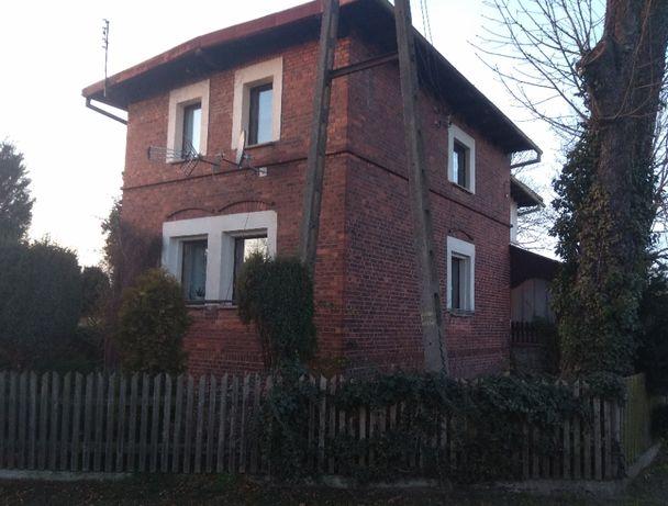 Dom wolnostojący, Dąbrowa