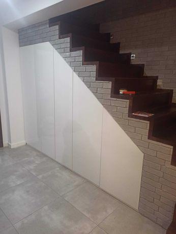 Szafy z drzwiami przesuwnymi na wymiar zabudowy meble łazienkowe