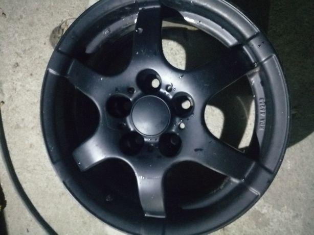 Felga czarna aluminiowa 15 5*112