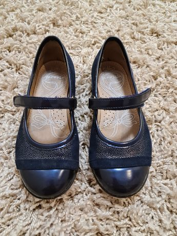 Туфли туфельки балетки  garvalin