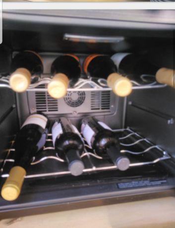 Caves de vinhos duas 70  cada