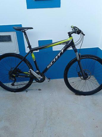 Bicicleta Scott scale 70 em bom estado