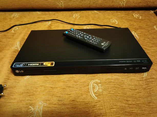 Dwuletni odtwarzacz DVD LG DP542H