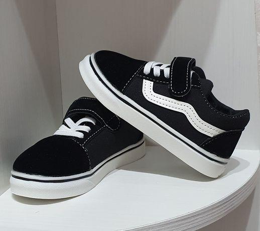 Кеди нові, кросівки, кроссовки новые
