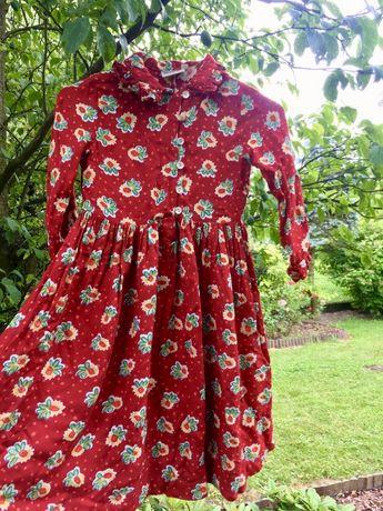 Czerwona sukienka dziecięca