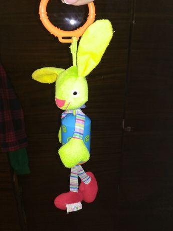 Заяц на кроватку коляску