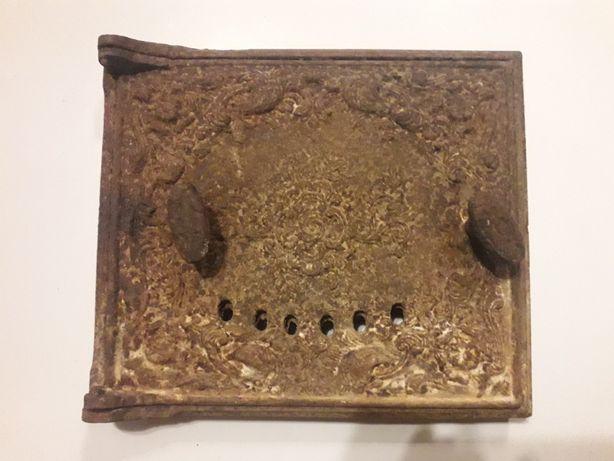 Антикварная чугунная дверца , старинная заслонка дверца для печи