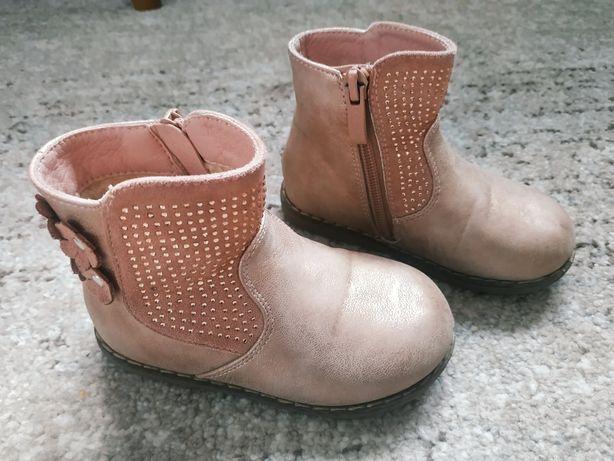 Продам ботинка кожаные том.м
