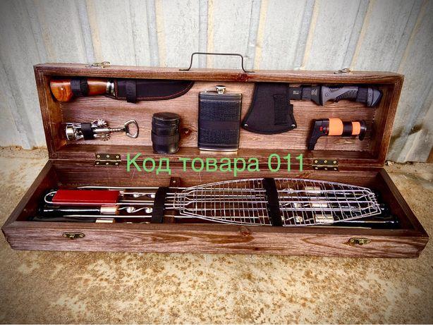 Подарочный набор шампуров в деревянном ящике код 011