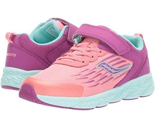 Яркие и стильные фирменные кроссовки на девочку Saucony
