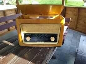 Stare radio lampowe Diora