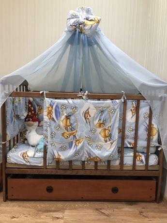 Кровать детская. Кроватка с матрасом.
