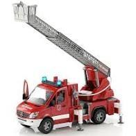 BRUDER 02532 Wóz strażacki z drabiną i sygnałem