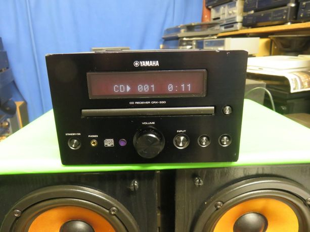 Amplituner z cd Yamaha CRX-330
