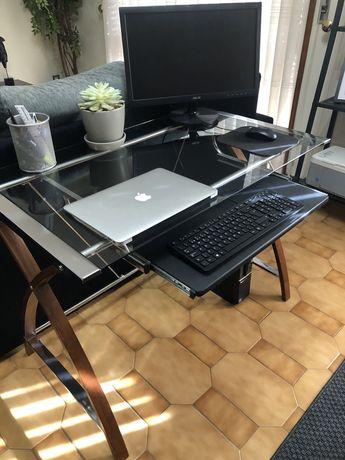 Computador LENOVO + Secretária