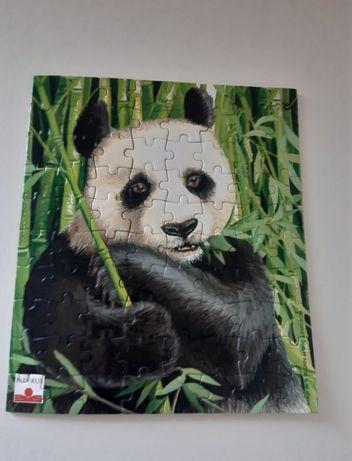 Vendo puzzle Panda ( PORTES OFERECIDOS)