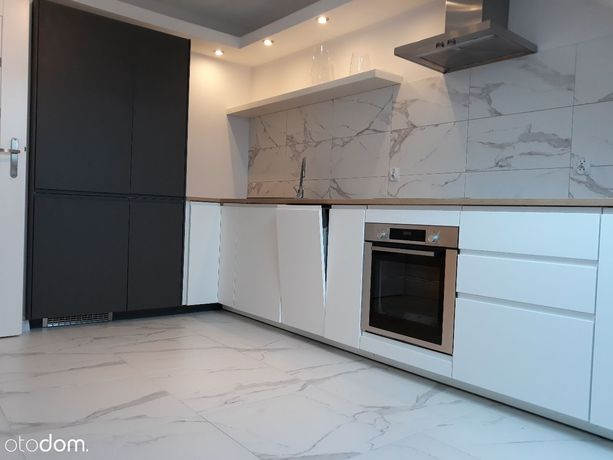 NOWE / Bez PCC / przy KORONIE / 2 pok+kuchn+balkon