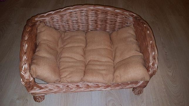 Wiklinowe legowisko sofa dla małego psa