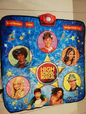 Mata grająca High School Musical