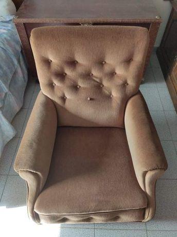 Vendo sofá usado mas em bom estado
