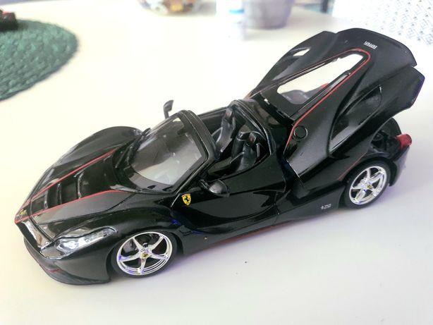 Model Ferrari Aperta, stan idealny.