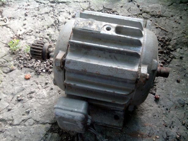 Двигатель асинхронный ротор к.з.