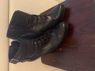 Buty skorzane na obcasie