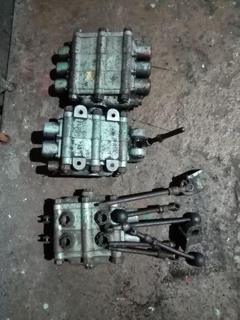 Rozdzielacze hydrauliczne 3 szt