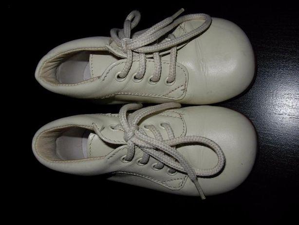 Sapatos de baptizado em couro nº20