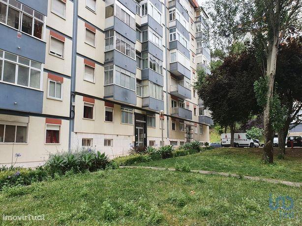 Apartamento - 72 m² - T3
