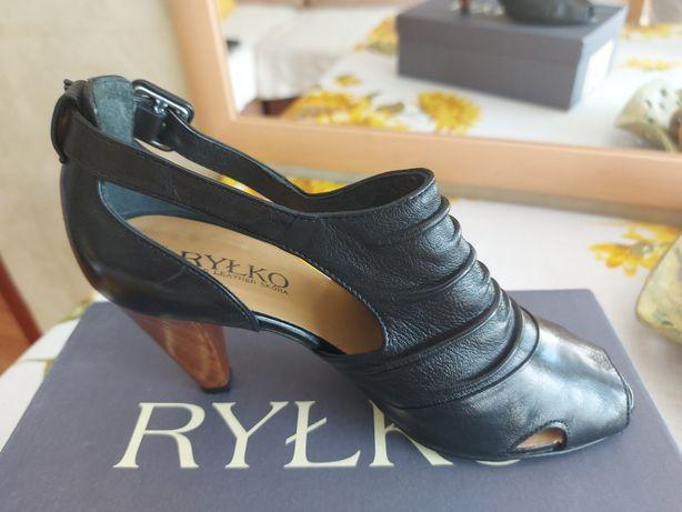 Czarne skórzane buty RYŁKO