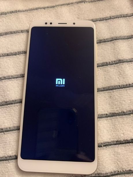 Telefon Redmi 5 Plus