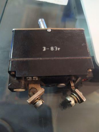 Wyłącznik termiczny AZS-25 24V 25A stan idealny