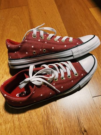 Converse All Star Novas Bordeaux c/bolinhas