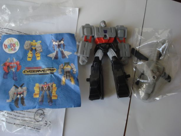 Boneco Transformers Cyberverse