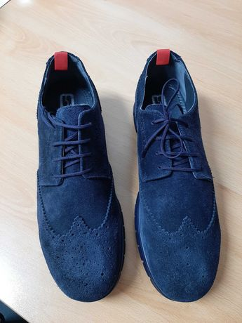 Sapatos de Homem