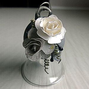 dzwonek szklany dzwoneczek ze szkła malowany dekorowany kwiaty 3D