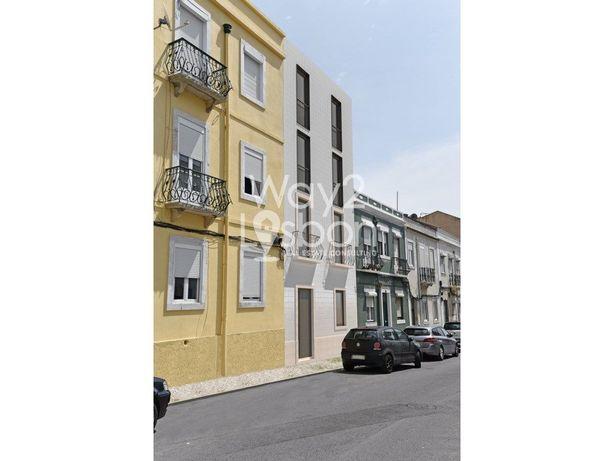 BEATO-MARVILVA   Prédio NOVO com 4 Apartamentos