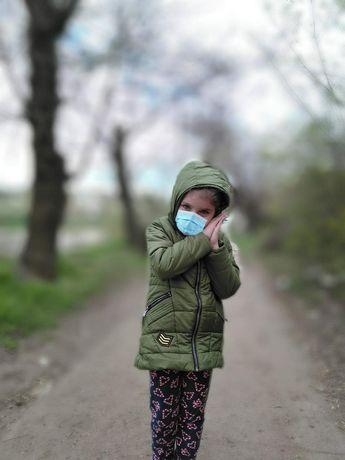 Осенняя куртка на девочку 116-128рост