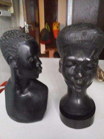 2 bustos em pau preto - Anos 60 - Angola