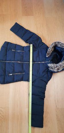 Płaszczyk zimowy damski Zara rozmiar 140 cm