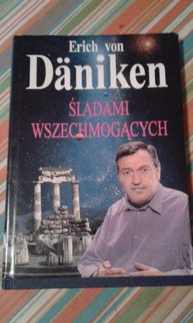 Śladami wszechmogących Erich von Daniken