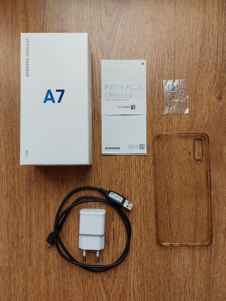 Samsung Galaxy A7 2018 Black 64GB/4GB 4G LTE NFC + obudowa