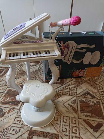 Синтезатор дитячий