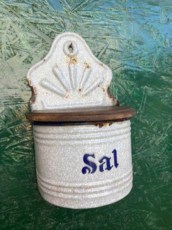 Saleiro antigo em esmalte